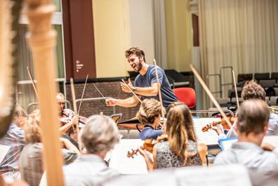 Lorenzo viotti Nederlands Philharmonisch Orkest